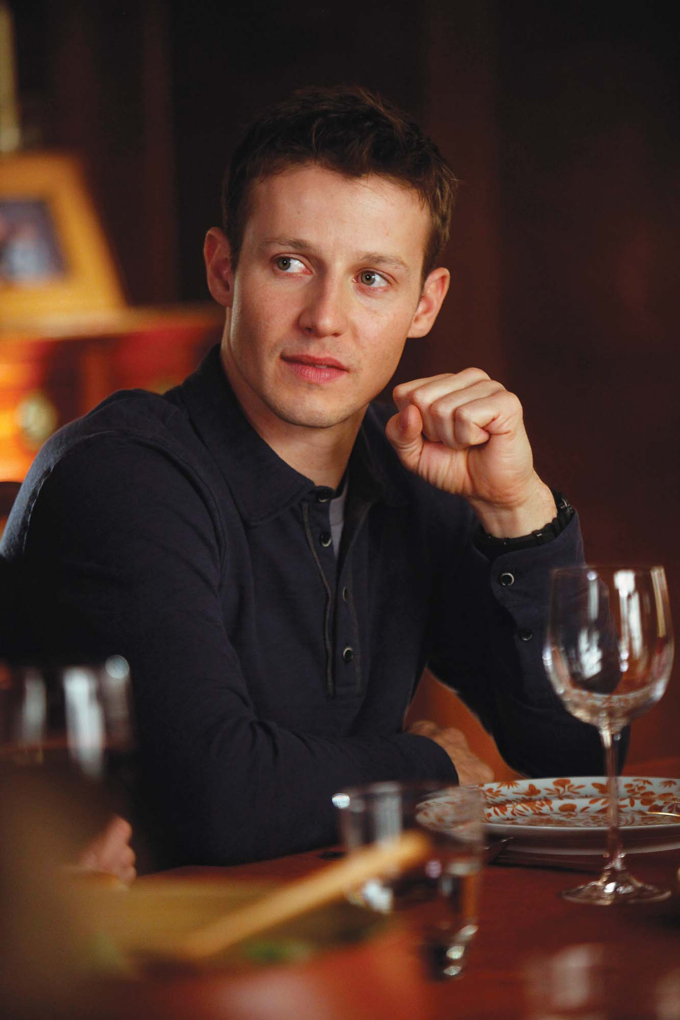 Girl On The Road Wallpaper Ask Ap Will Estes American Profile