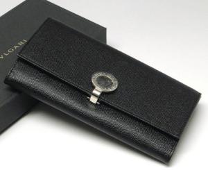 BVLGARIブルガリのレディース長財布サフィアーノフィオッコ