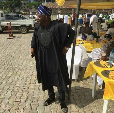nigerian men and women in agbada styles amillionstyles.com @ceocityviewholdings