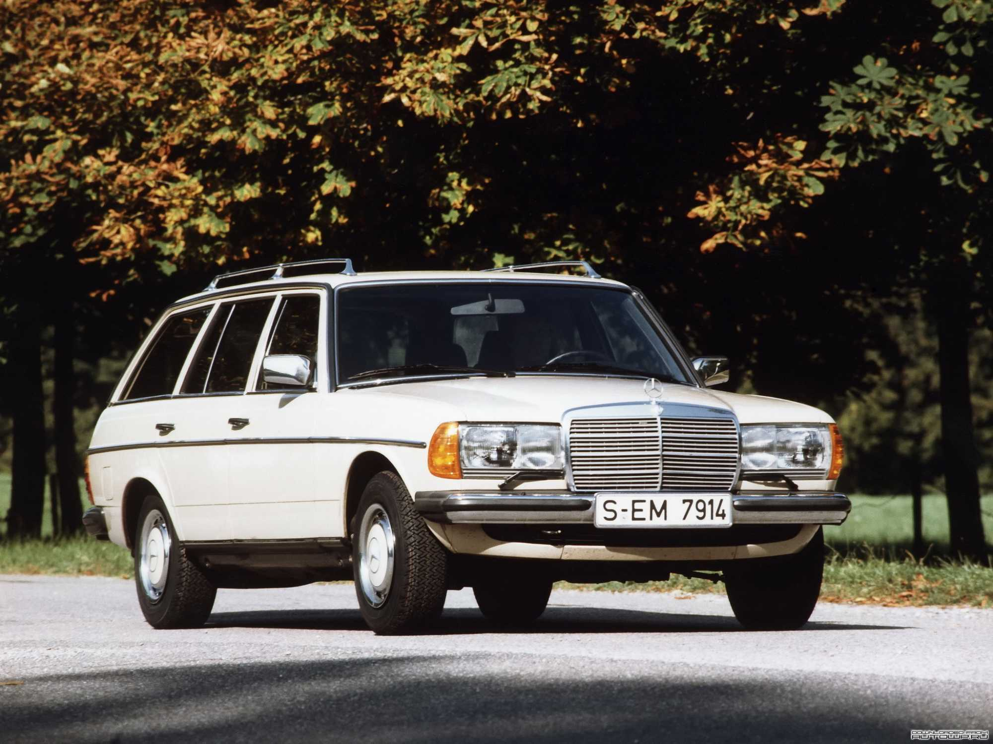 Mercedes W123 Interieur Te Koop The S123 The First Estate Car Developed By Mercedes Benz Auto