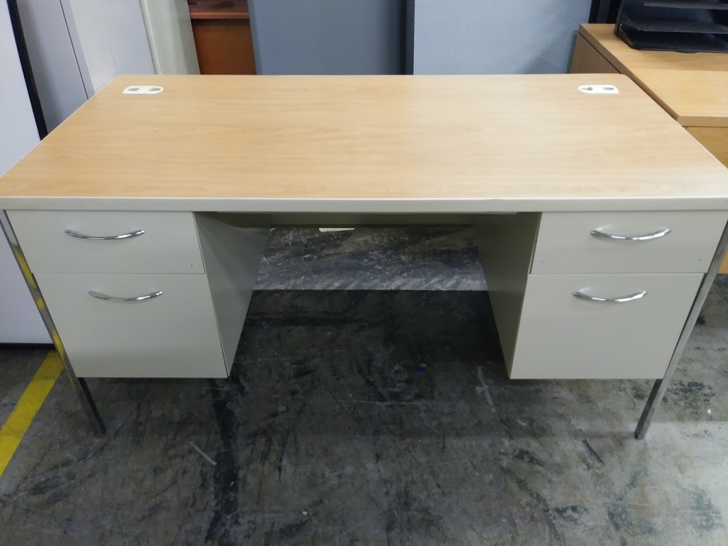 Hon Metal Executive Double Pedestal Desk Mentor Series In