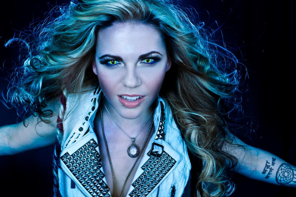 KOBRA PAIGE CHATS WITH AMPS AND GREEN SCREENS - 7/19/13