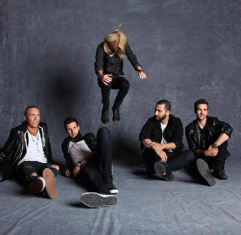 Charlie Cosser From Charming Liars On Working With Bob Rock, Real Football, And More