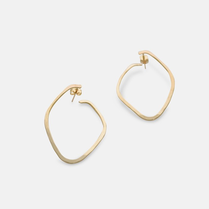 Nave Earrings