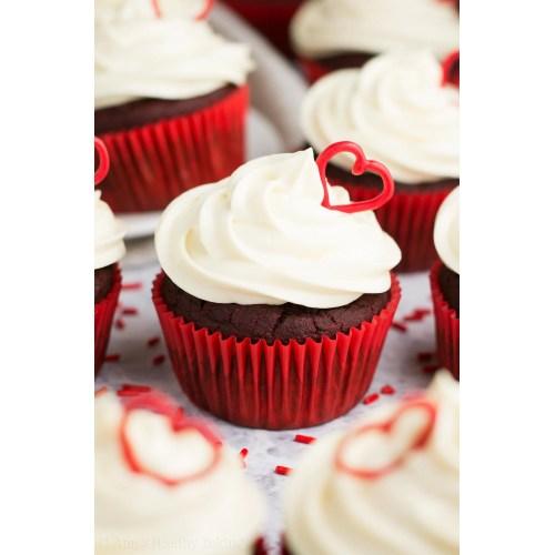 Medium Crop Of Pictures Of Cupcakes