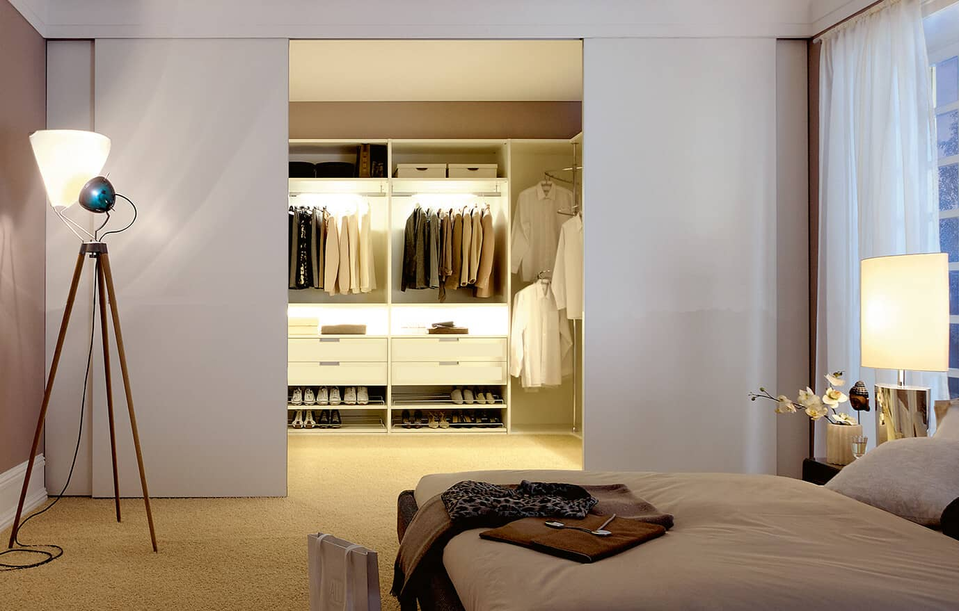 Ankleidezimmer Modern Sliding Doors For Your Living Spaces