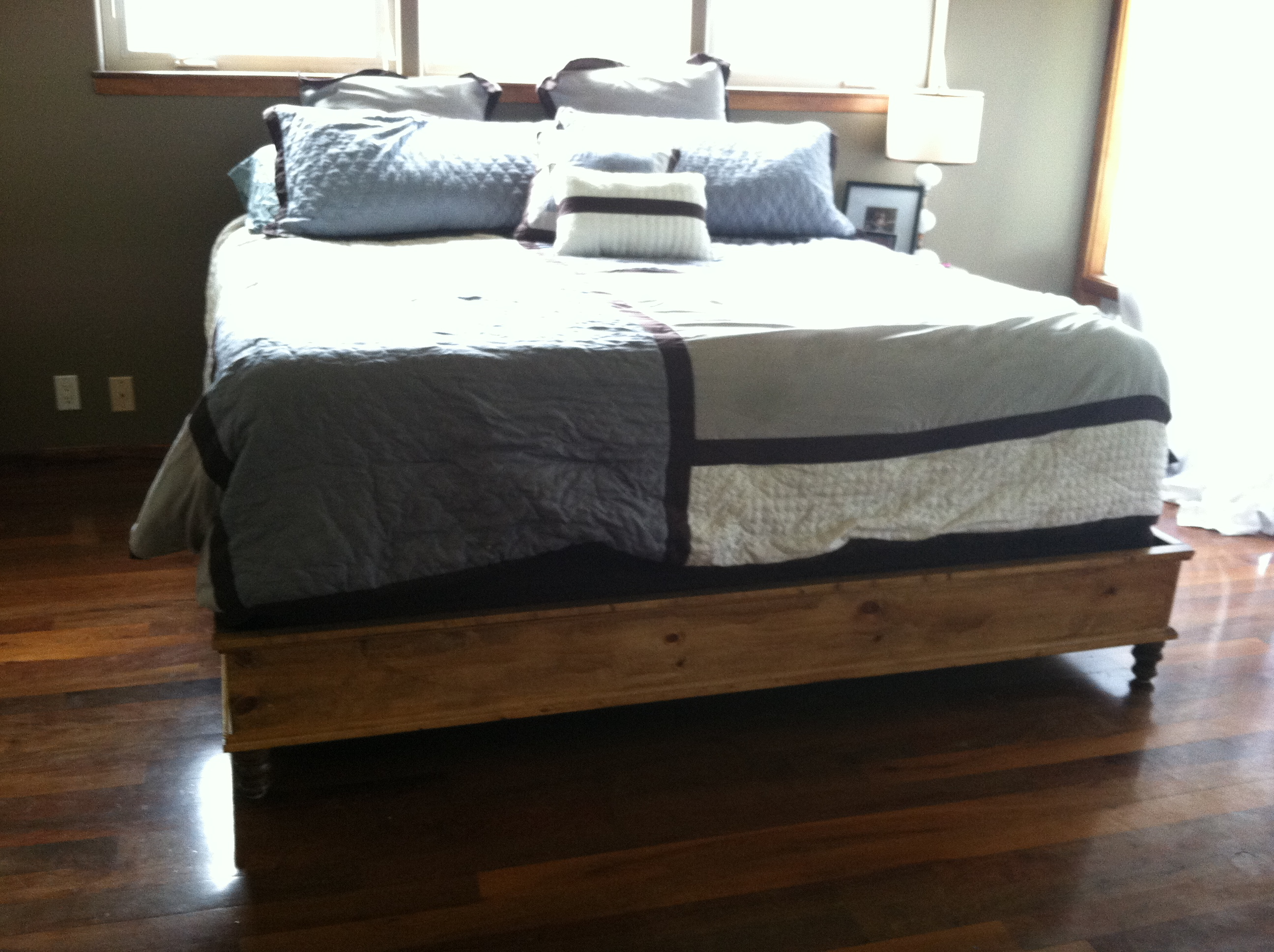 Dimensions For A King Size Bed Ana White King Size Platform Bed Diy Projects