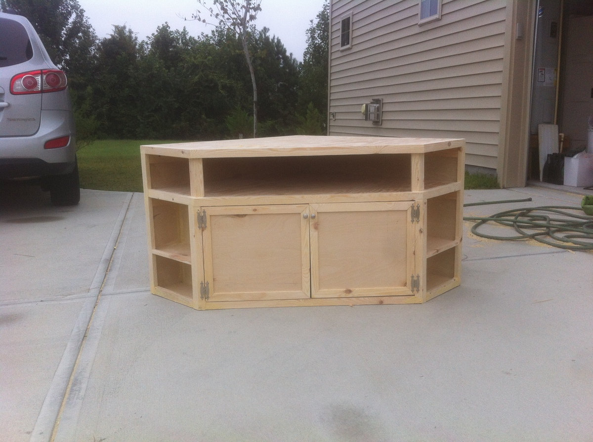 Farmhouse Corner Tv Stand Plans Build Floating Corner Shelves Diy Woodworking Projects
