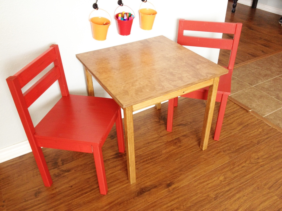Childrens Table And Chair Set Ana White Kids Table And Chairs Diy Projects