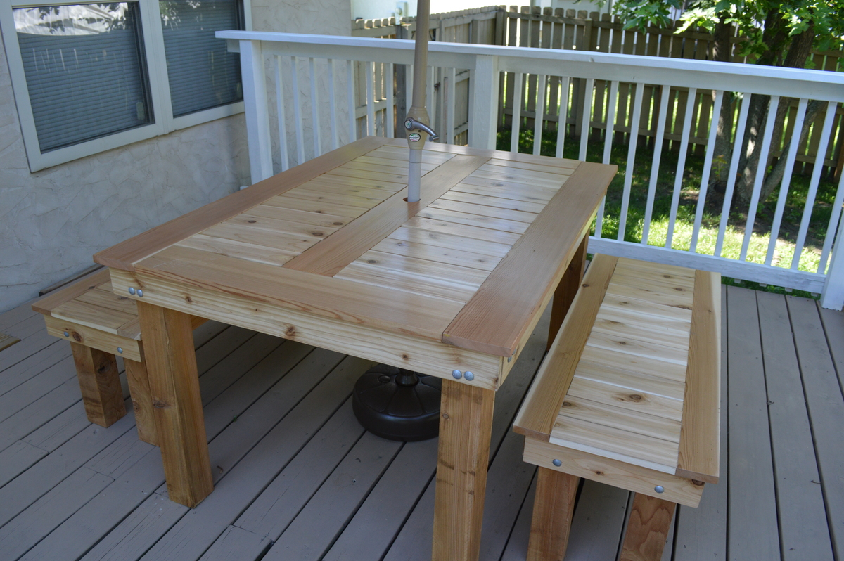 Porch Table Ana White Cedar Outdoor Dining Table And Benches Diy