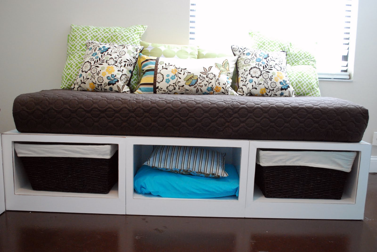Daybed Frame Ana White | Stratton Daybeds Times Two - Diy Projects