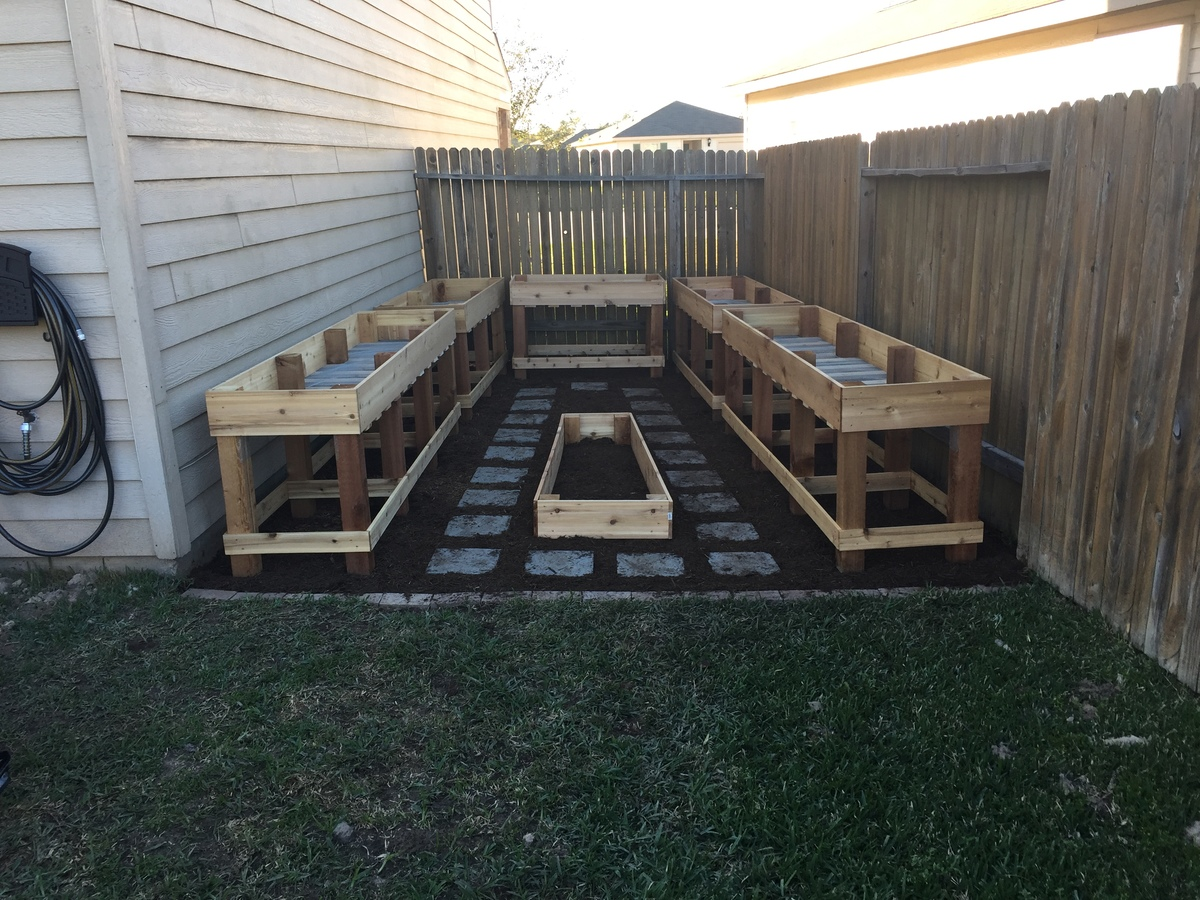Diy Raised Garden Bed On Legs Ana White Custom Counter Height Garden Boxes Diy Projects
