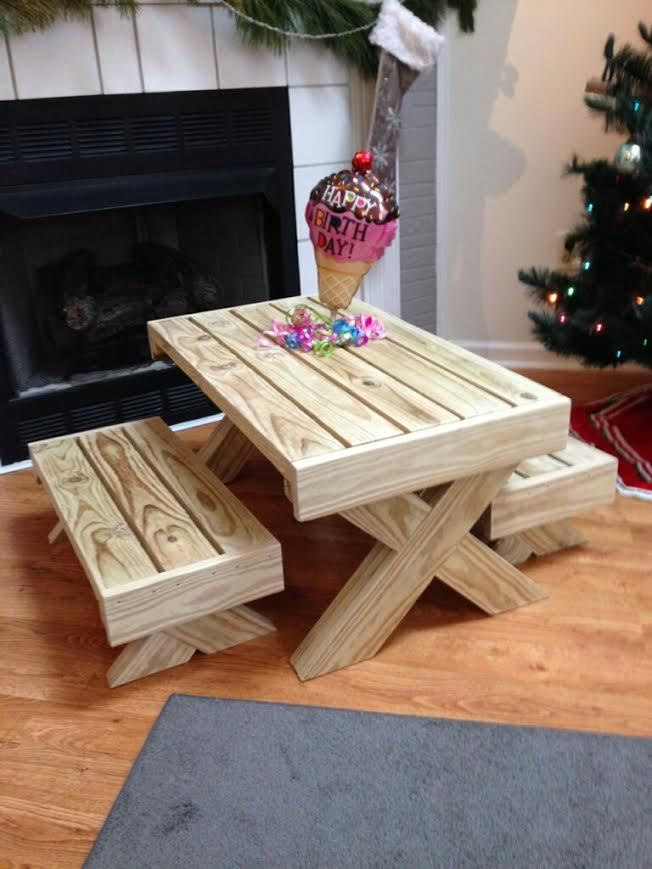 Farmhouse Nursery Ana White | Birthday Gift - Picnic Table - Diy Projects