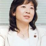 野田聖子は高齢出産で子供を授かるも重病が!夫や母に現在は