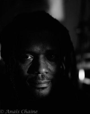 Close up portrait of Tchangodei jazzman Lyon la croix rousse au Bec de Jazz France