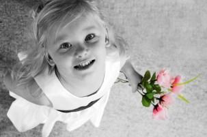 the_flower_girl_by_me_myself_n_i.jpg