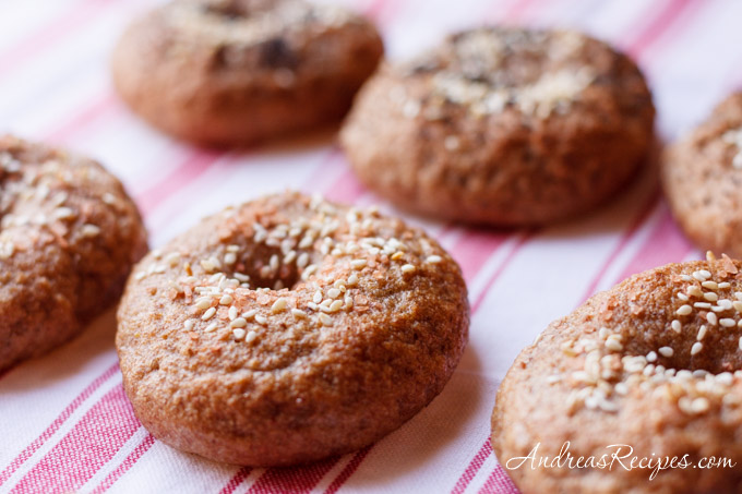 Andrea's Recipes - Whole wheat and rye bagels with Alaea sea salt and sesame seeds