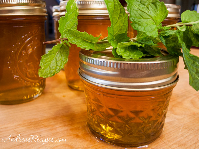 Andrea's Recipes - Mint Apple Jelly