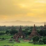 <b>sunset at Bagan</b>