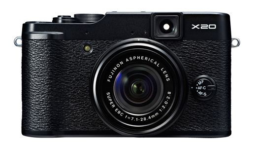 Fuji X20 ready to face the competitors