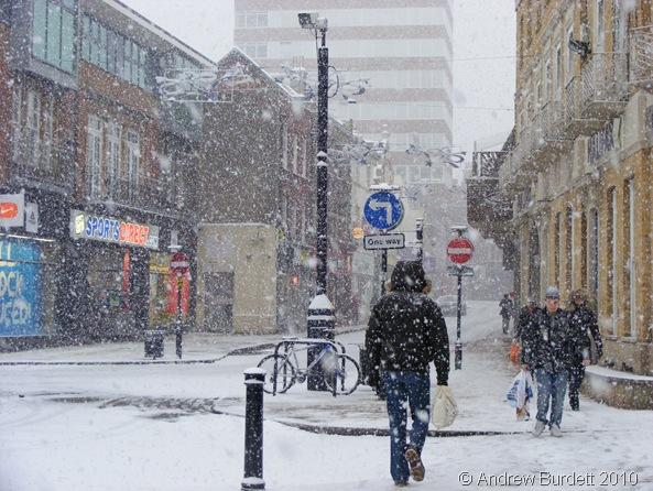 Snow in Maidenhead Town Centre_18Dec10