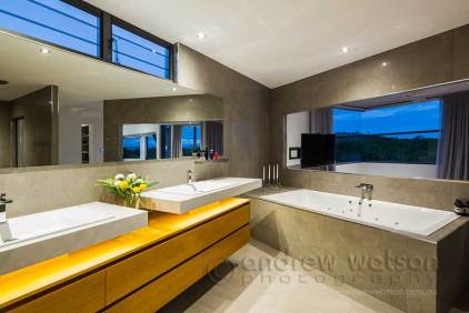 Image of bathroom ensuite in an award winning home