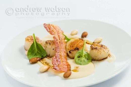 Image of French-style Sauteed scallops dish with cannellini bean puree