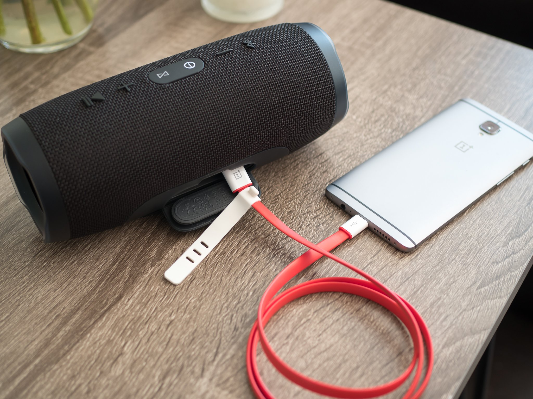 Jbl Charge3 Jbl Charge 3 And Clip 2 Prove There 39s Still Innovation In