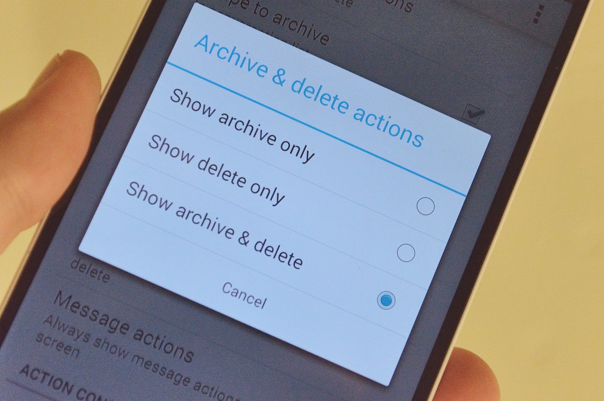 Action Folder Van Deze Week The Difference Between Archiving And Deleting In Gmail Android