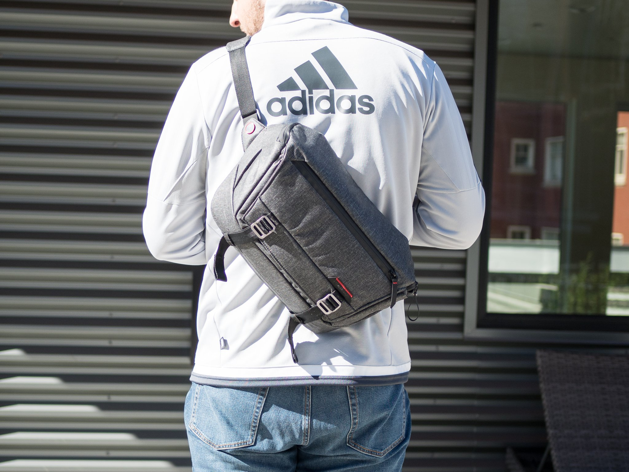 Peak Design Peak Design Everyday Sling Is A Great Daily Carry Bag For More