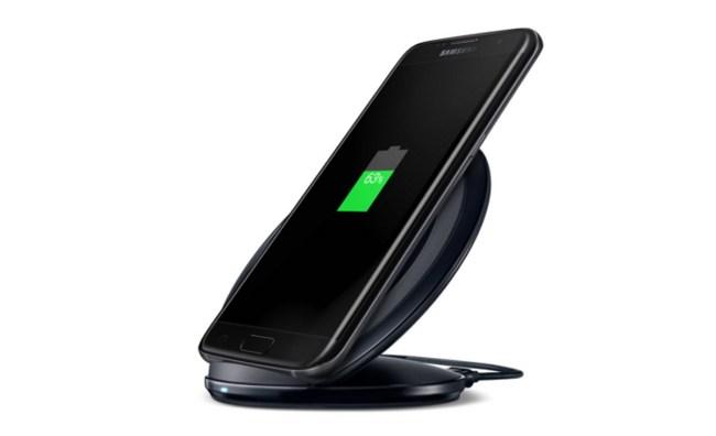 Für den Akku ist es schonender, wenn du ihn lediglich zu 80 oder 90 Prozent statt komplett auflädst. (Foto: Samsung)