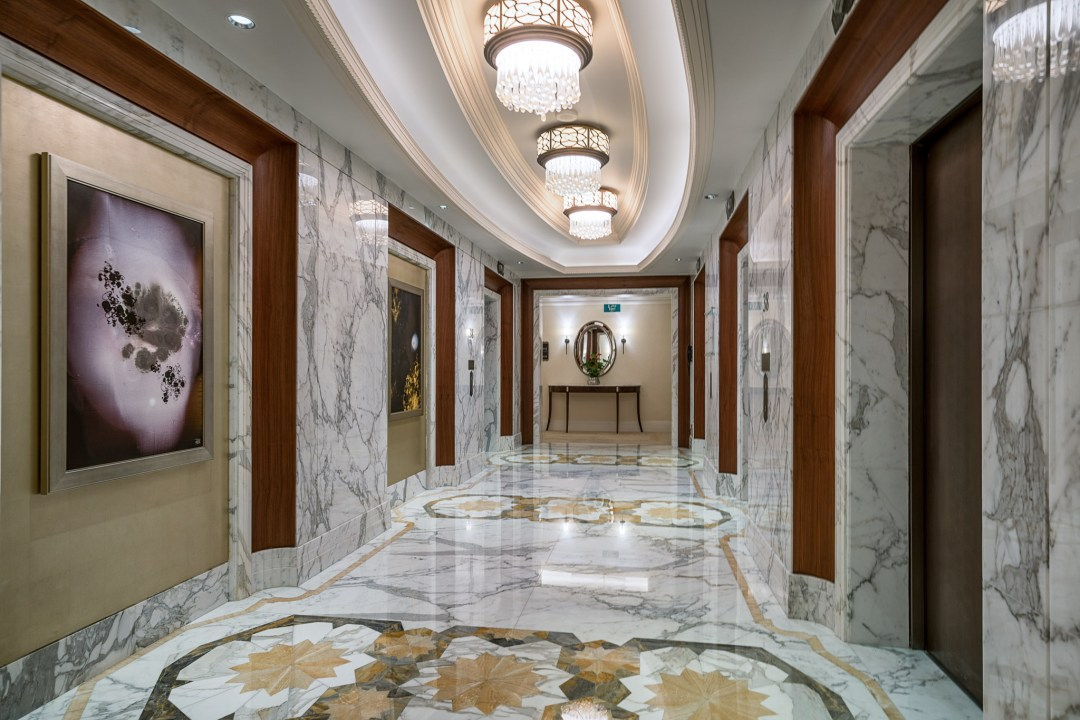 St regis abu dhabi review andy 39 s travel blog for Luxury homes with elevators