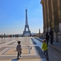 Lining up at The Eiffel Tower and the Paris zoo but not at the Louvre! (Paris with kids)