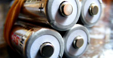 apple batteries featured