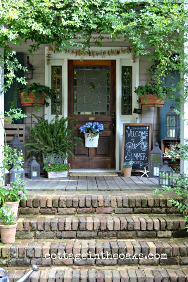 Monday Funday Feature :: Summer Living on the Porch :: Cottage in the Oaks