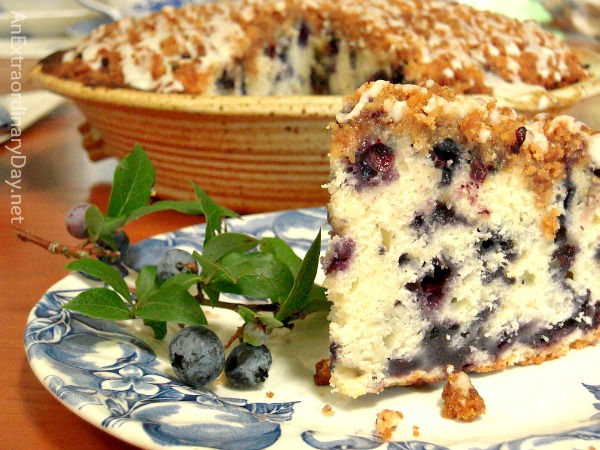 Delcious Slice of Blueberry Buckle Coffee Cake #Recipe