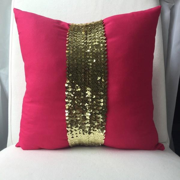 gold-sequins-pillow