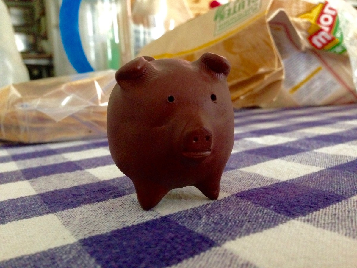 The Official Three-Legged Pig Trophy of the Iron Chef Yo' Mama!