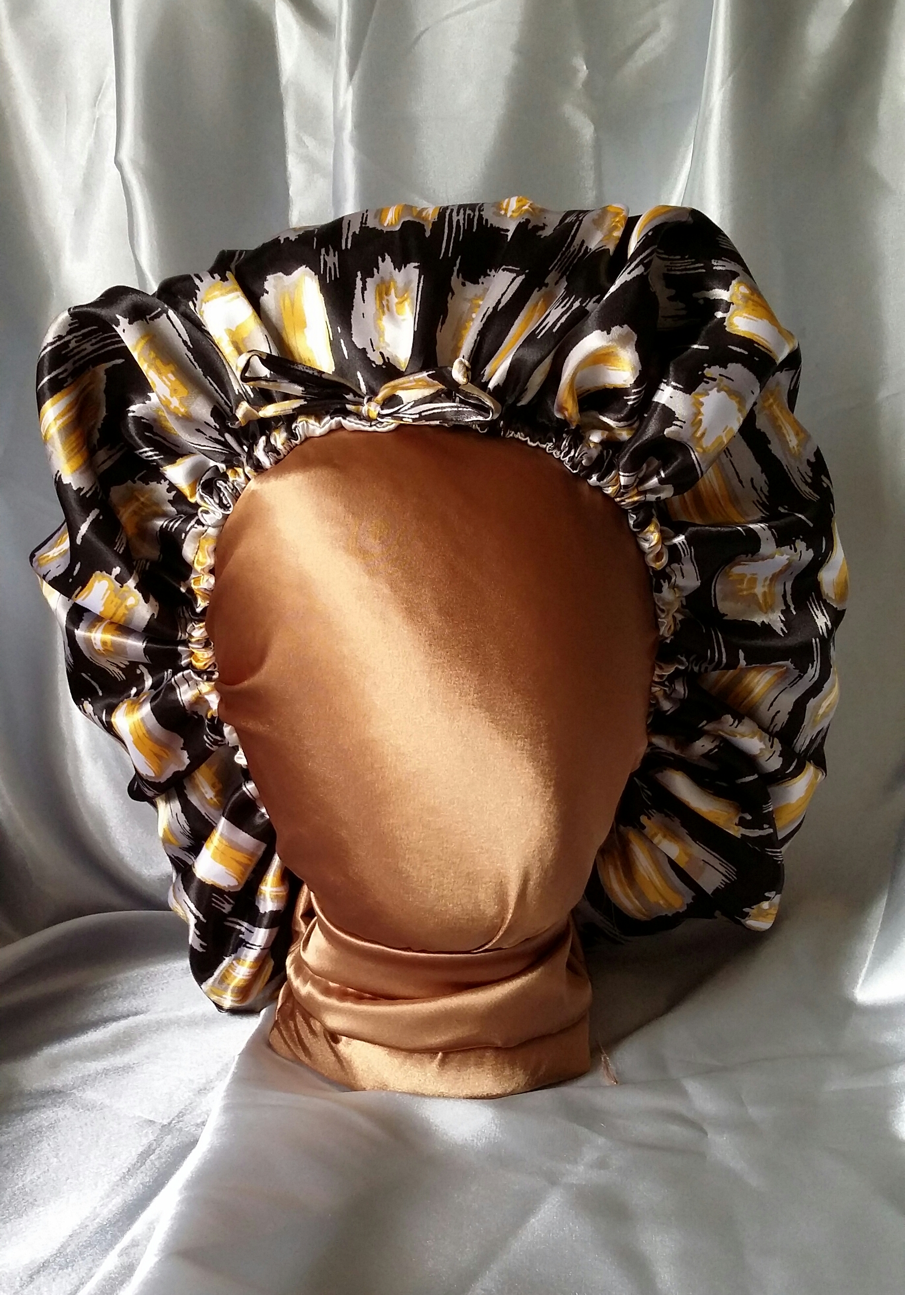Bonnet Satin Angelbonnets™ Ready-made Charmeuse Satin Bonnet In Ikat
