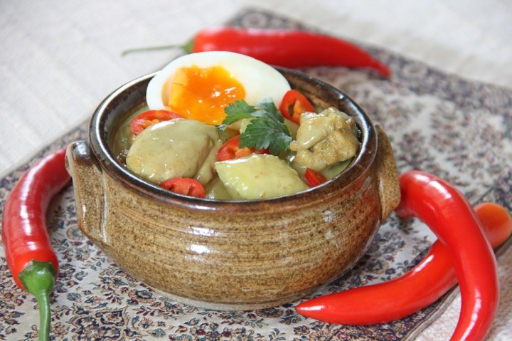 Chicken, Banana, Egg and Honey Curry