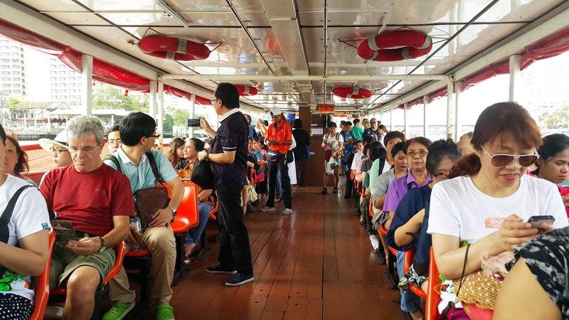 Thuyền trên sông Chao Phraya