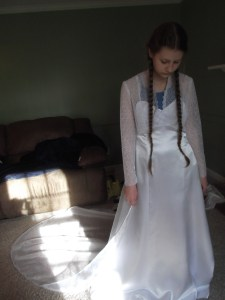 wedding dress train attached 003