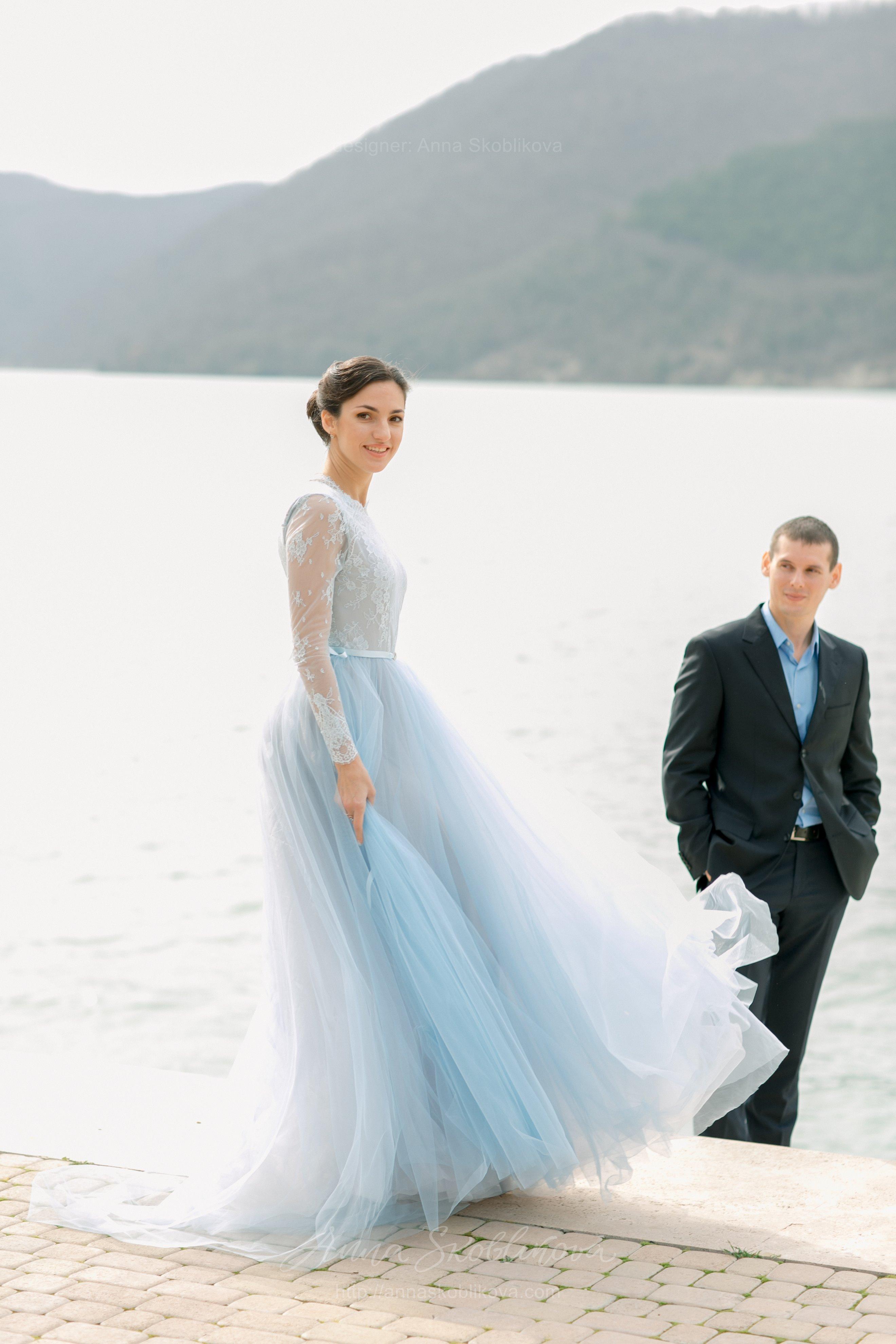 light blue wedding gown soft fatin train D0 B0itted bodicefestoon neck light blue wedding dress Light Blue Wedding Gown