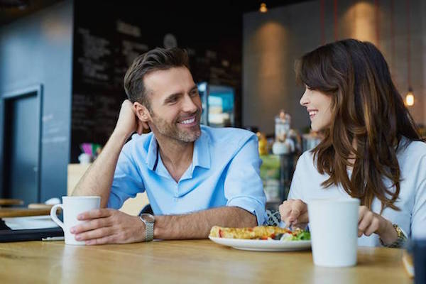 6 Things Men Notice About Women First - ACW