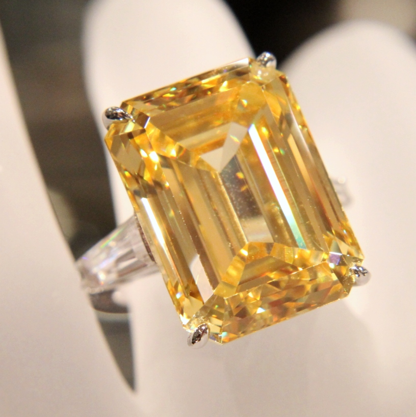 Lamps Fantasia Fine Jewelry Emerald Cut Canary Ring - Anns Fine