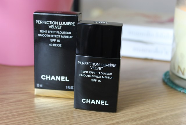Chanel Perfection Lumiere Velvet Foundation