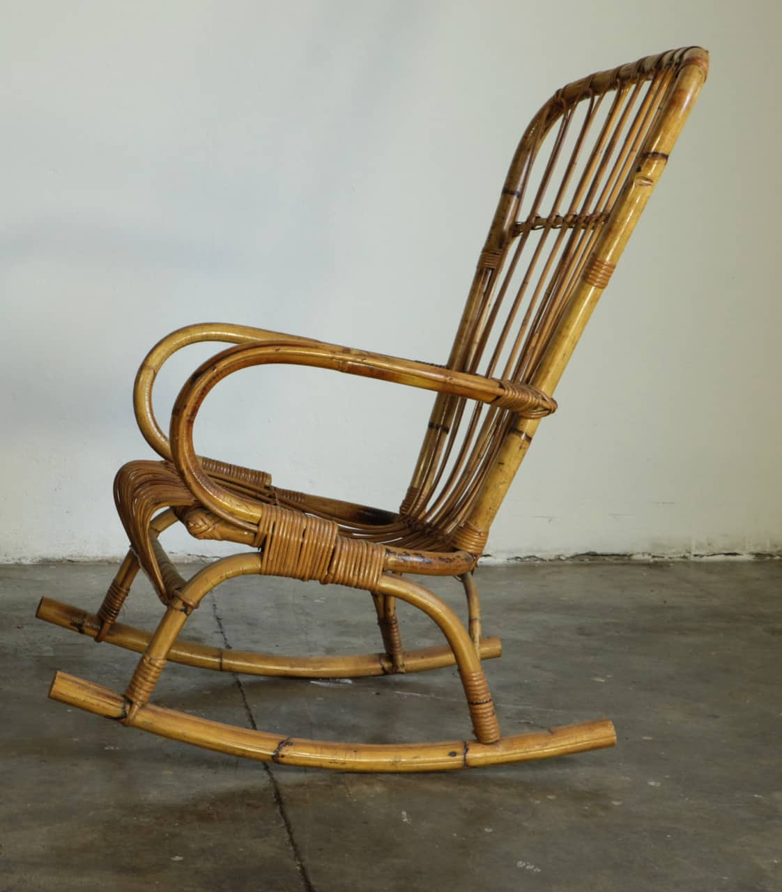 50 S Wicker Rocking Chair
