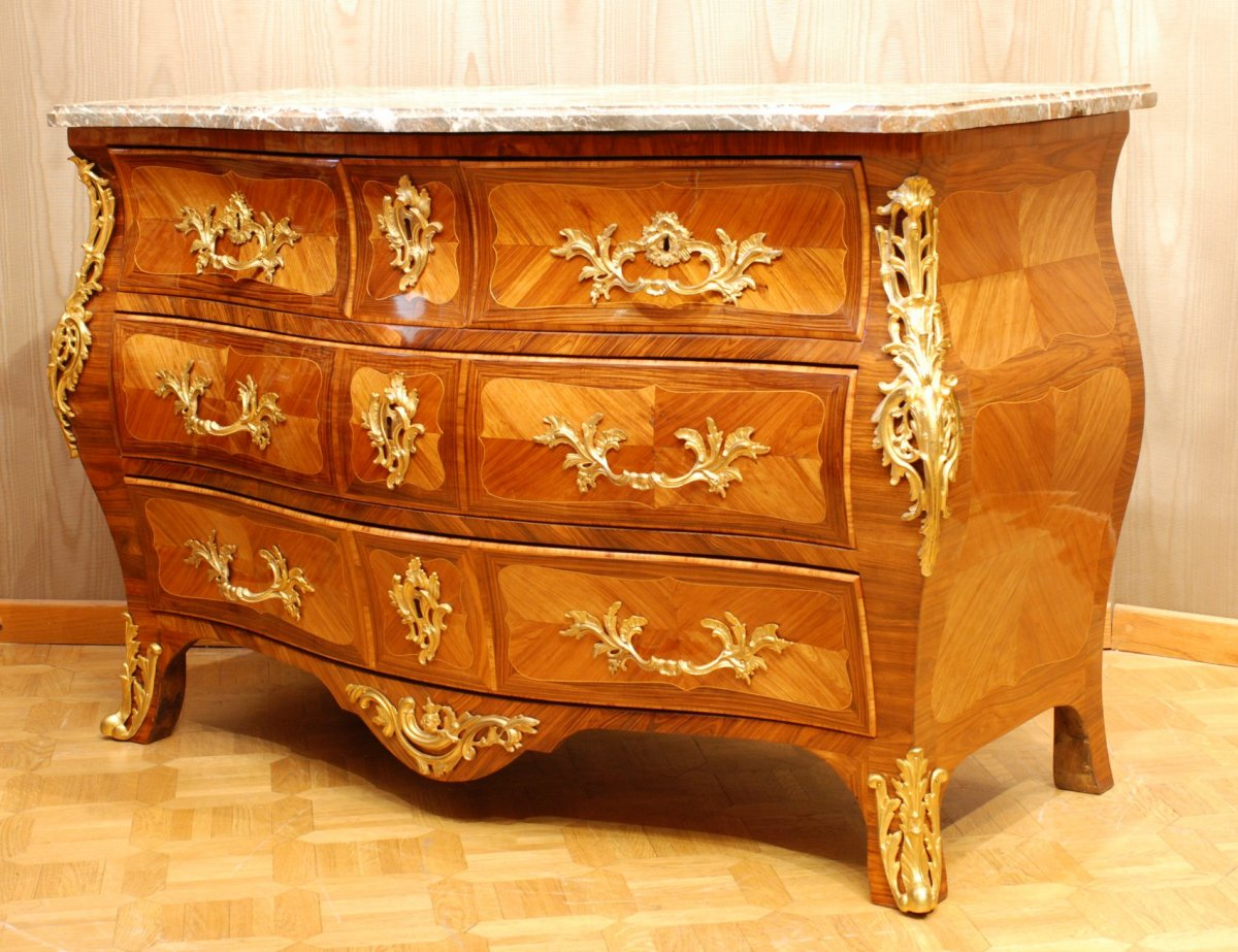 Commodes Louis 15 Commode Louis Xv Estampillée Dubut Xviiie Siècle N 48172