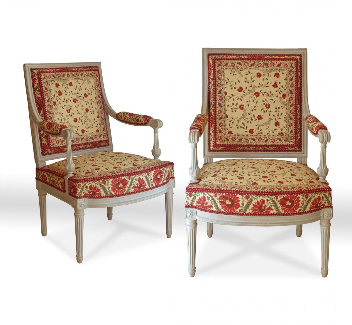 A Pair Of Large Louis Xvi Fauteuils à La Reine Ref 60375