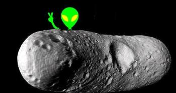 0307-alien-fossil-meteorite_full_600